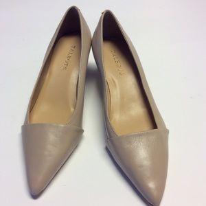 TALBOTS Tan Leather Kitten Heel Pumps Size 7.5